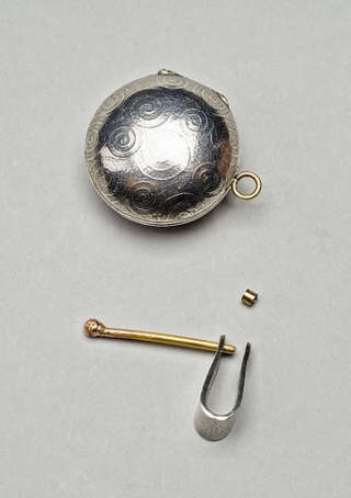 locket bail